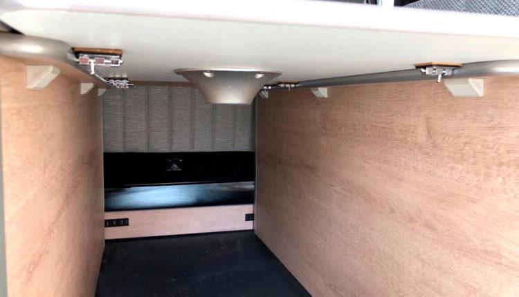 mesa interior mueble-citroen space tourer masquecamper