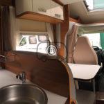 venta autocaravana elnagh baron 581 comedor cocina