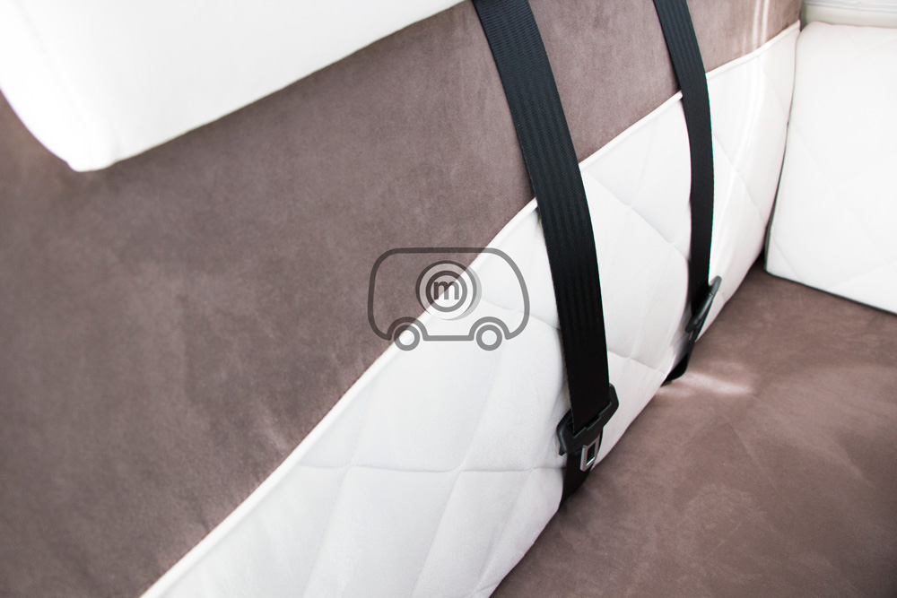 autocaravana mclouis mc4 873 tapiceria