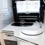 autocaravana mclouis mc4 879 cocina