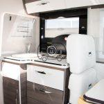 autocaravana mclouis nevis 870 cocina