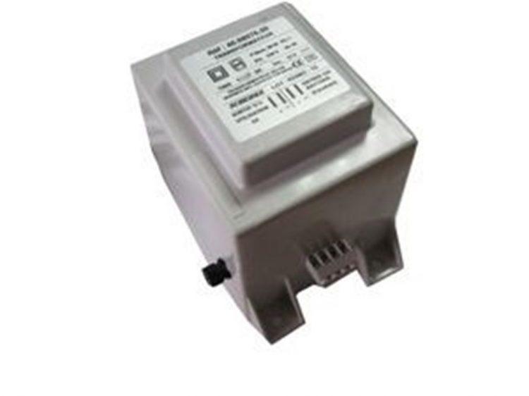 Transformador de corriente para caravana de 220V a 12V 915032