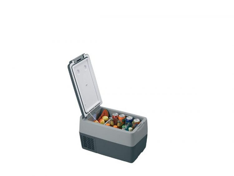 A8900031